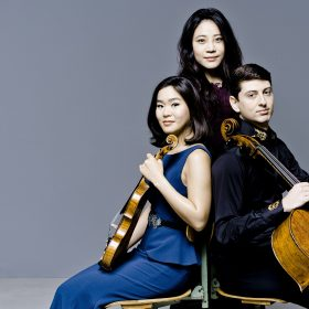 YOUNG GENERATION WORLD LEADING TALENTS <hr> Mendelssohn / Shostakovich / Babajanian
