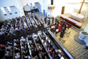 14. 10. 2018, Ostrava-Kristův kostel, Slovenský komorní orchestr Bohdana Warchala, Ewald Danel